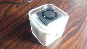 Apple Ipod Shuffle 4ta Generación Silver Plateado