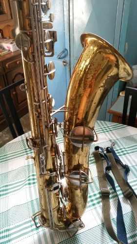 Saxofon Barítono Conn