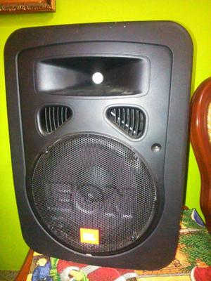 Corneta JBL EON10 G2 Amplificada.