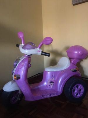 Moto A Batería Para Niña Rosada