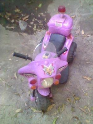 Moto A Batería Para Niñas, Usada, Buen Estado, Fotos