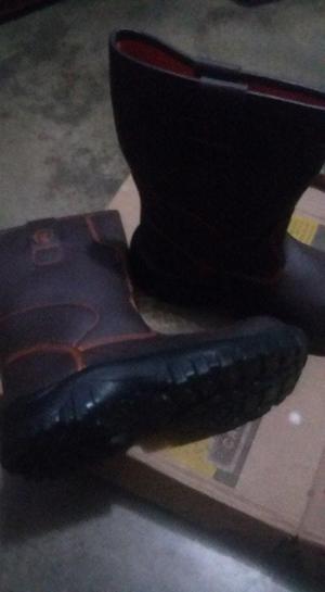 botas de seguridad nuevas talla 43