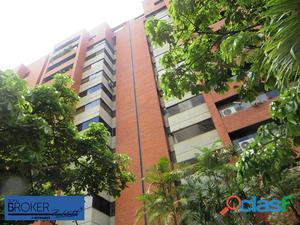 Apartamento en venta en Los Dos Caminos.