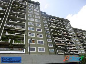 Bello apartamento en venta en Terrazas del Club Hipico