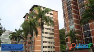 En Venta apartamento en Chuao, espectacular vista al Avila