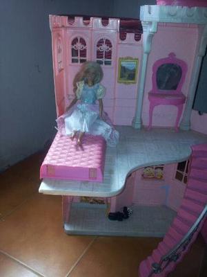 Castillo Barbie En Perfecto Estado Incluye Muñeca Barbie!