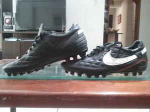 Tacos Para Futbol Nike Importados Niño Talla 7--25cm