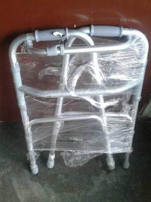 Andadera De Aluminio Ajustarble.