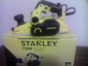 Vendo cepillo eléctrico Stanley totalmente nuevo