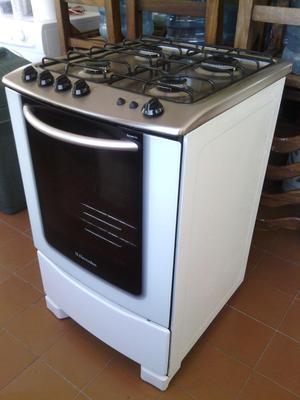 Cocina electrolux doble horno 4 hornillas y grill posot for Cocina 06 hornillas