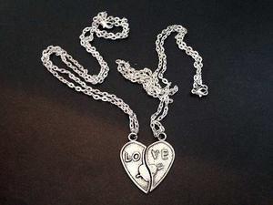 Collares Mitad Corazón Enamorados Personalizable @somosgalu