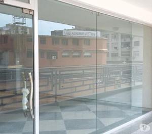 Alquiler Locales desde 80 M2 Plaza City Pto. Cabello - RLO1