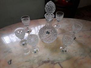 Licorera De Cristal De Bohemia Con Copas