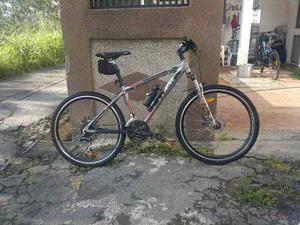 Bicicleta Trek De Montaña Rin 26