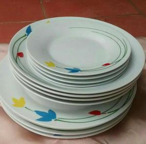 juego de bandeja y doce12 platos de postres posot class