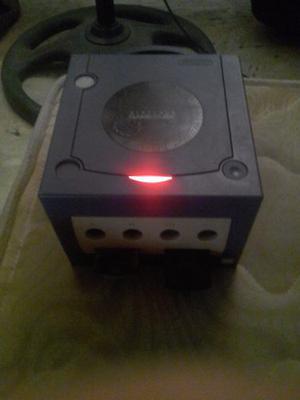 Nintendo Gamecube Con 3 Controles Y 5 Juegos Originales