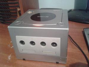 Se Vende Game Cuber Con Lente Dañado Y Cabe Corriente