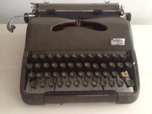 Maquina De Escribir Antigua, Solo Para Decoracion Vintage