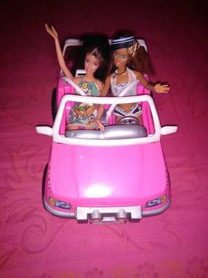 Carro De Barbie Con 2 Muñecas En Perfecto Estado