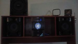 Excelente Equipo De Sonido Marca Sony
