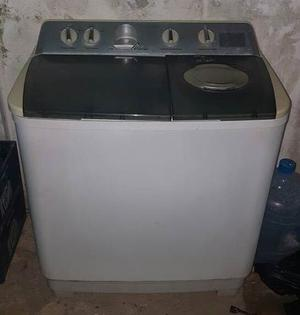 En Anaco. Lavadora Frigidaire Doble Tina 12 Kg Semiautomatic