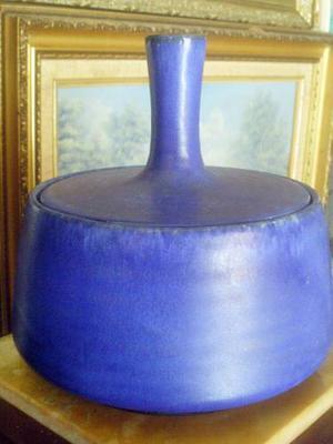 Bombonera Marca Gotek De Gres Color Azul Colonia Tovar Venez