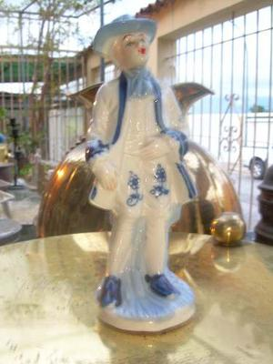 Figura De Porcelana Antigua Joven Posando En Buen Estado