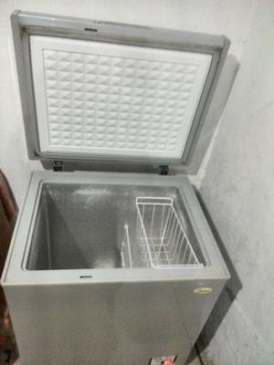 Freezer Midea 195 Litros Excelentes Condiciones