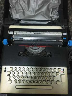 Maquina De Escribir Olivetti Lettera 36