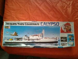 Modelo Escala Del Barco De Jacques Cousteau`s Calypso