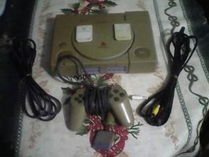 Play Station 1 Con Un 1 Control, 2 Memory Card, Y Sus Cables