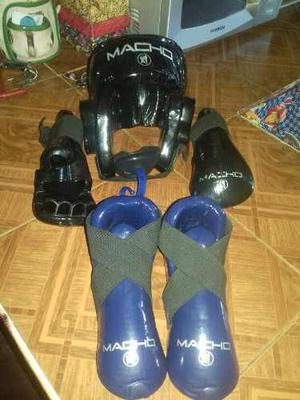 Casco, Zapatos, Guantes Para Karate Marca Macho Importado