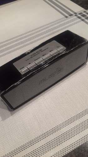 Corneta Mp3 Portatil Con Bluetooth, Radio Y Tarjeta Sd