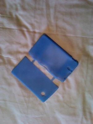 Forro De Silicon Color Azul Para Ds Pequeño