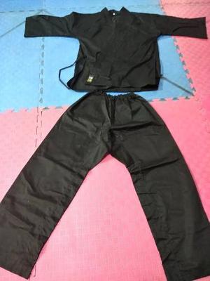 Karategui Negro Talla 5 Shuriken