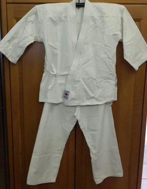 Karategui Talla 2 Marca Lopfre
