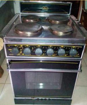 Cocina electrica con horno nardi posot class for Cocinas electricas con horno