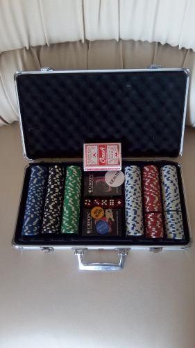 Maletin De Poker 300 Fichas / 3 Mazos De Carta / 5 Dados