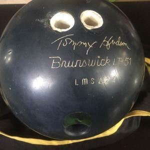 Bola De Bowling Brunswick 15libras
