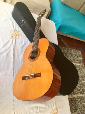 Guitarra Clásica Acústica Yamaha Cg-40
