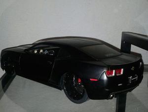 Chevy Camaro  Escala 1/18 Jada Cc Detallado En Caja Base