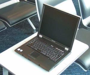 Laptop Lenovo  C200, Por Piezas, Imagen De Referencia