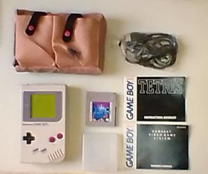 Sistema Consola Game Boy (incluye Juego Original Tetris)