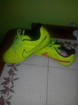 Tacos Nike Tiempo Futbol