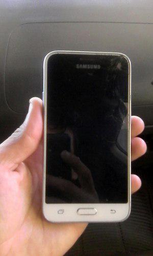 Samsung J1 Modelo J120m - Solo Pantalla Mala