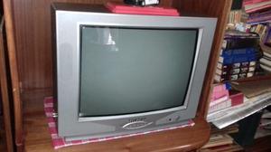 Televisor Hiunday De 21 Pulgadas