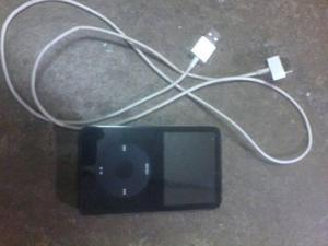 Ipod Clasico Dañado Y Con Su Cable 100% Funcional