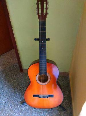 Guitarra Acústica En Buenas Condiciones Con Accesorios