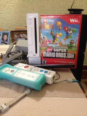 Consola Nintendo Wii, 2 Controles Y 2 Juegos