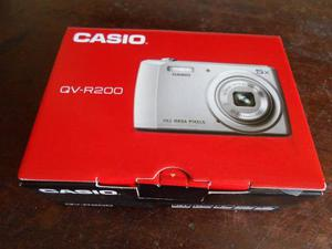 Cámara De Fotos Casio 14.1 Mp En Su Caja Excelente Oferta